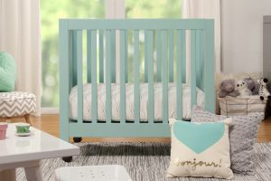 Best Mini Cribs For Small Spaces_Small Cribs for Small Spaces - Babyletto Origami Mini crib