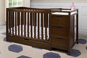 Best cribs with storage drawers - a combo crib with undercrib drawer