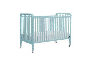 DaVinci Jenny Lind convertible crib on wheels - Best portable full size crib