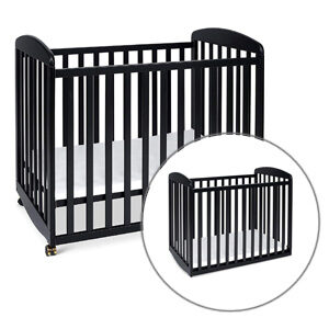Best Rated Portable Cribs: DaVinci Alpha Rocking Crib