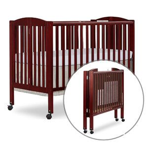 Best Rated Portable Cribs: Dream On Me full-size Folding Crib