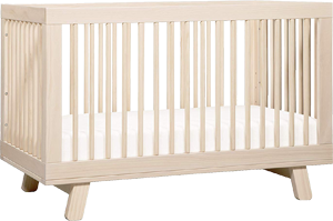 Babyletto Hudson, a safe convertible baby crib