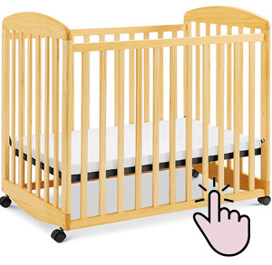 Best mini rocking crib: Davinci Alpha